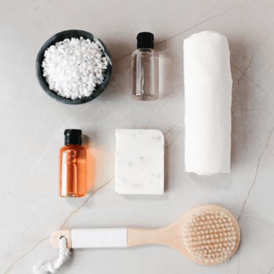 double nettoyage visage, savon et huile